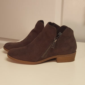 Universal Thread Brown Faux Suede Bootie